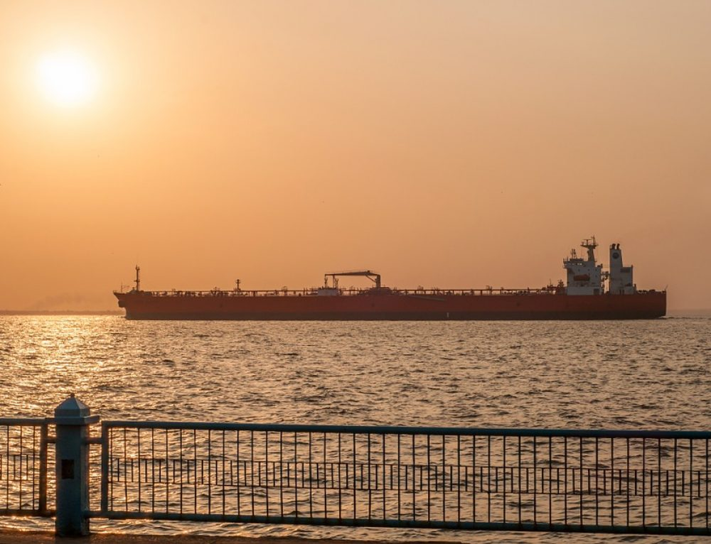 Angelicoussis Shipping Group Entrusts Sembcorp Marine with Scrubber, BWMS Retrofits